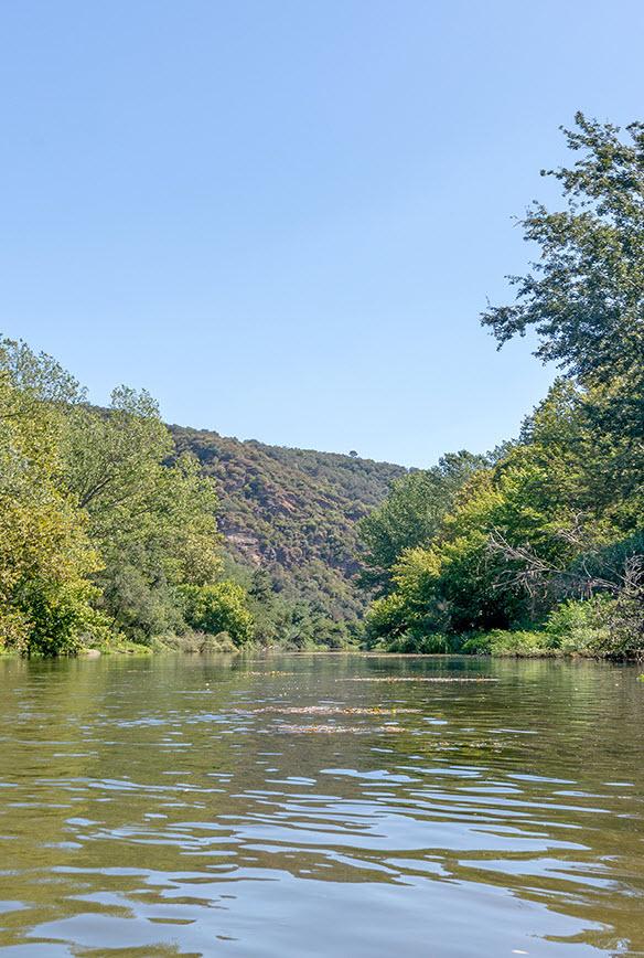 Cal Arnau river