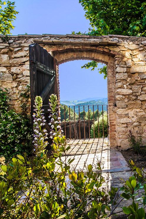 Casa Felix Sitges garden gate view