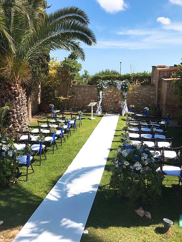 A wedding day at Masia Notari